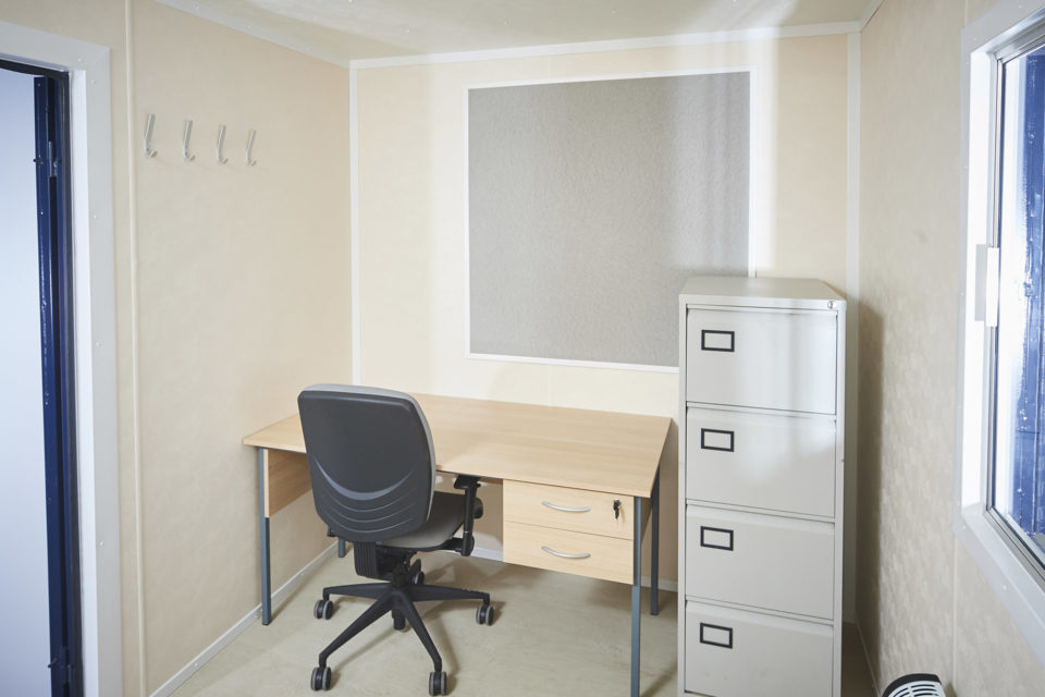 Hire Small Portable Office Cabin 12ft (27)