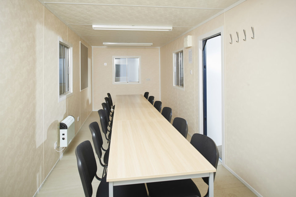 Hire Portable Office & Meeting Room 24ft (24)