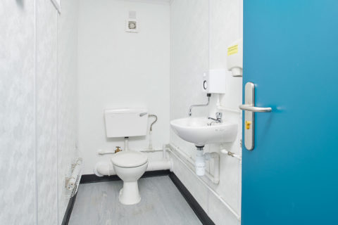 Jackleg Toilet