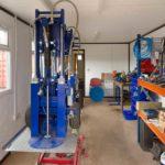Jackleg cabin for storing equipment
