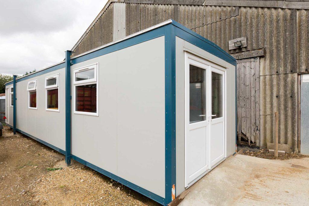 External view jackleg cabin