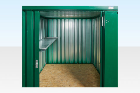 2m flatpack container with shelving on single side